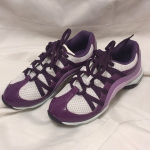 "Bloch ""Wave"" Adult Dance/Jazz Sneaker"